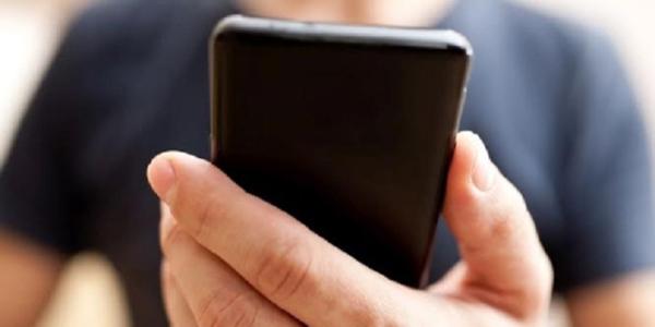 TARIFFE TELEFONICHE: GLI OPERATORI SI ADEGUANO ALL'ANTITRUST E ANNUNCIANO LO STOP AGLI AUMENTI