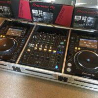 2x Pioneer CDJ-2000 Nexus 1x Pioneer DJM-900 Nexus at €1299