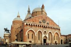 Basilica-di-Santo-Antonio-da-Padova